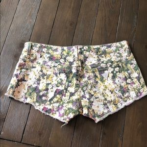 Guess Size 27 Floral Festival Cutoff Shorts